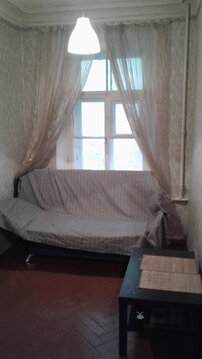 Продается комната в восьми комнатной квартире, ул. 6-я Советская, д. 8 - Фото 1
