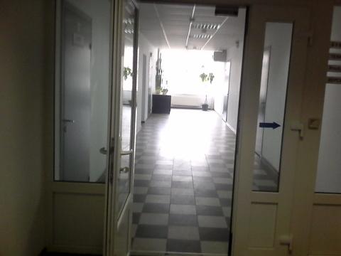 Офисные помещения от 10 кв.м по 800 р./кв.м (все включено). Парковка - Фото 1