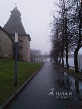 Комната Псковская область, Псков наб. Реки Великой, 4 (13.7 м) - Фото 2