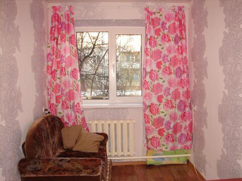 Комната в общежитии мкр.Авиационный, ул. Ильюшина, 11/1 - Фото 1