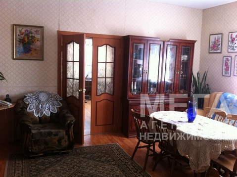 Добротный кирпичный дом в п.Шершни, в доме туалет, ванна, аогв, . - Фото 4