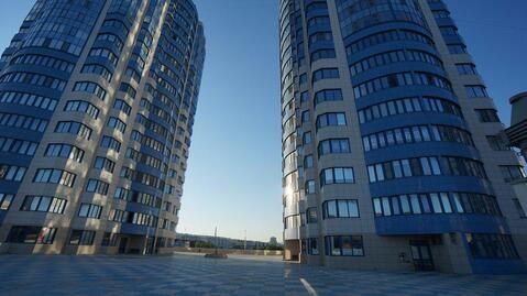 Видовая квартира с евроремонтом в Южном районе, ЖК Дуэт. - Фото 1