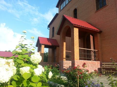 Продается большой благоустроенный дом на красивом ухоженном уч-ке - Фото 1