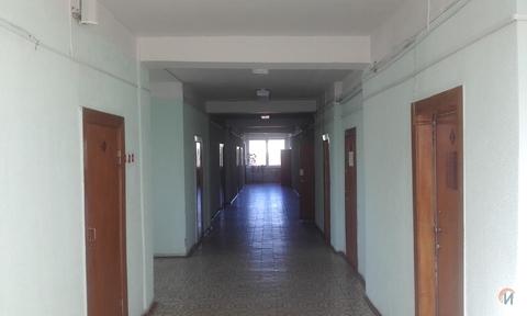 Офисное здание 4657 кв.м. рядом с остановкой - Фото 2