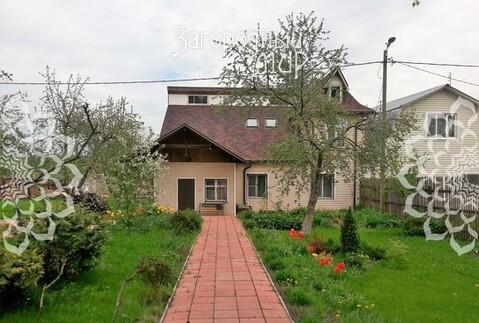 Часть дома с мансардой и террасой. - Фото 1