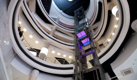 """Сдается торговая площадь в трк """"Лиговъ"""" на 3 этаже - Фото 2"""