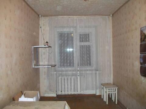 Продажа комнаты в пятикомнатной квартире на улице Фрунзе, 18 в Пензе, Купить комнату в квартире Пензы недорого, ID объекта - 700753944 - Фото 1