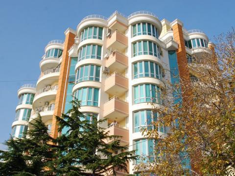 Апартаменты с прекрасным видом в историческом центре Ялты! - Фото 2