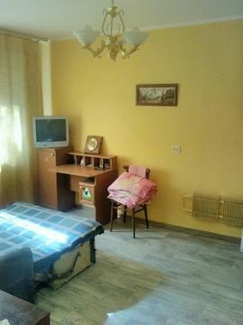 Уютная гостинка с ремонтом, идеально для сдачи в аренду - Фото 1