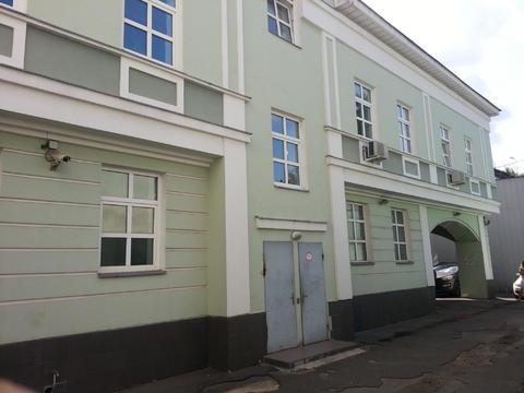 Рядом с Кремлем особняк с мансардой 2001г постройки - Фото 2