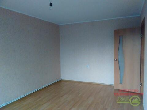 2 750 000 Руб., 2-комнатная квартира в панельном доме с индивидуальным отоплением, Купить квартиру в Белгороде по недорогой цене, ID объекта - 319524153 - Фото 1