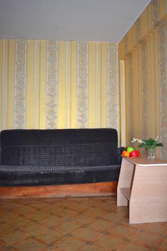 Продаётся двухкомнатная квартира в центре города - Фото 2