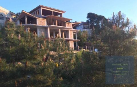 Продается дом 844 м2 на участке 37 сот. в тихом видовом месте Гурзуфа - Фото 2