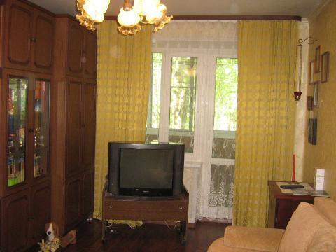 Чистая, аккуратная 2х-комнатная квартира в Апрелевке - Фото 1