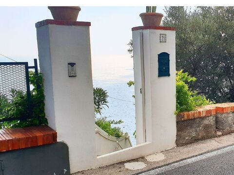 Аренда эксклюзивной виллы для отдыха на острове Капри, Италия - Фото 4