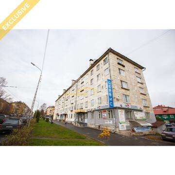 Продаётся 2-комнатная квартира в центре по ул. Антикайнена д. 10, Купить квартиру в Петрозаводске по недорогой цене, ID объекта - 322701954 - Фото 1
