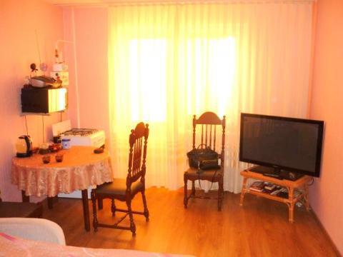 Однокомнатная квартира улица Красноборская 34 к2, 56 м2, 2 этаж. - Фото 2