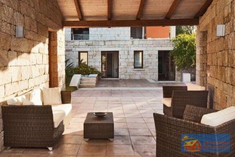 Вилла класса люкс с бассейном в аренду на Сардинии. - Фото 5