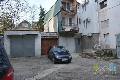 Продам гараж на улице Кипарисной, Алушта, центр. - Фото 1