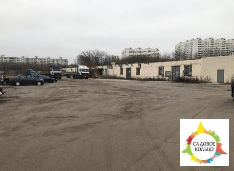 Предлагаем в аренду бетонная и грунтовая площадка под хранения или скл - Фото 1