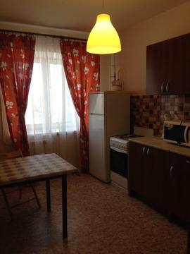 Сдам 2-комнатную квартиру в центре города. Площадь 65/40/14 кв.м, 4/6 . - Фото 5