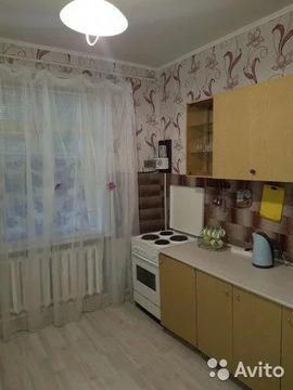 Комната 80 м в 3-к, 1/2 эт. - Фото 1