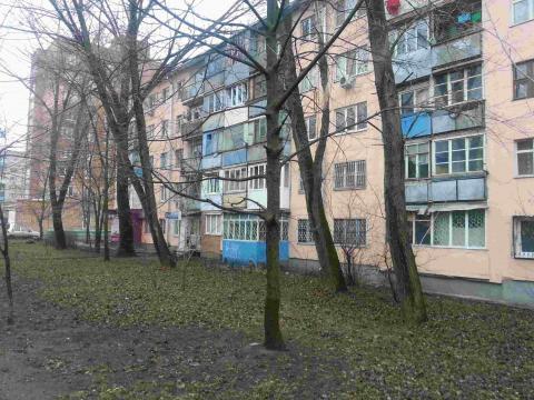 Нежилое помещение под магазин, офис, салон и т.п. на Коммунистическом - Фото 1