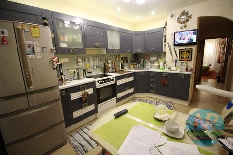 Продается 2 комнатная квартира на улице Чистова - Фото 1