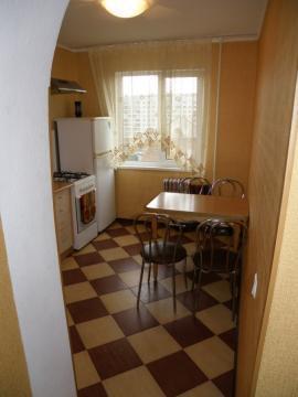 Квартира посуточно (кровать, интернет) рядом с эко центром - Фото 4