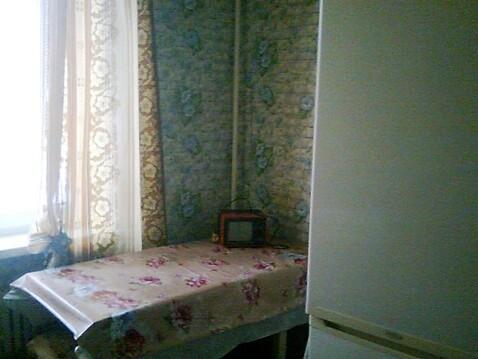 Улица Лутова 4; 2-комнатная квартира стоимостью 8000 в месяц город . - Фото 1
