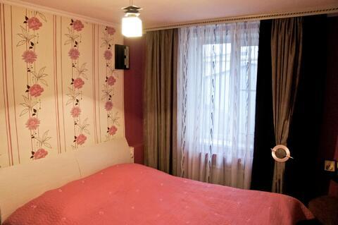 Продам 2 этажный дом в хорошем состоянии. Расположен в городской черте - Фото 2