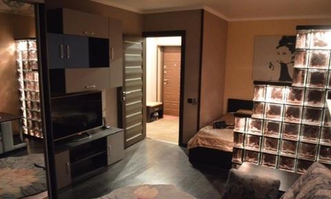 Однокомнатная элегантная квартира с джакузи в новом доме - Фото 1