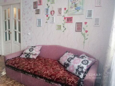 Комната Псковская область, Псков ул. Металлистов, 4 (12.0 м) - Фото 1