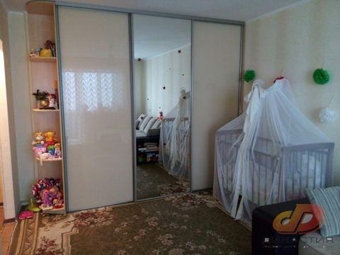 Двухкомнатная квартира, Ворошилова, район 22 и 21 школы - Фото 1