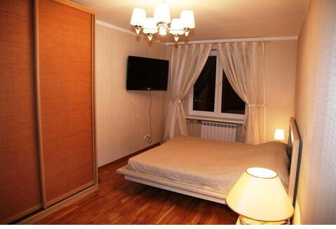 Сдаю на часы и сутки 1-комнатную квартиру на бул. Заречный, 5 - Фото 1