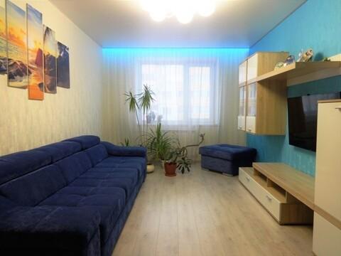 Продам шикарную 3 к-кв. по ул.Есенина с капитальным ремонтом, мебелью. - Фото 1
