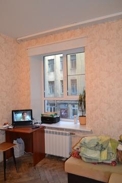 Санкт-Петербург, Василеостровский район, комната 17 кв.м. - Фото 4