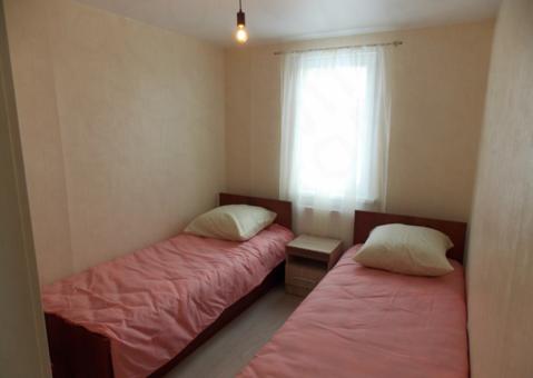 Спальные места . 1я спальня , кровать 2х местная,  2я спальня , 2е . - Фото 2