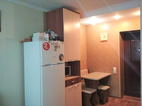 Комната в секции ул. 80 Гвардейской Дивизии, 68 - Фото 1