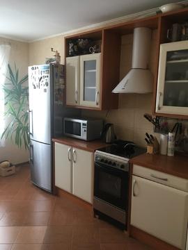 Продажа трехкомнатной квартиры в Андреевке - Фото 1