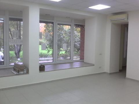 Сдается помещение 92 кв.м. На первом этаже с отдельным входом - Фото 2