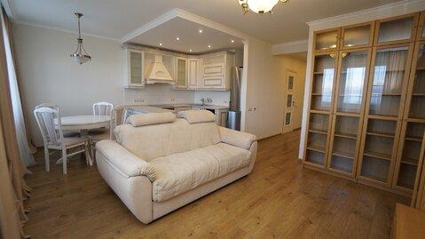 Купить видовую квартиру в доме бизнес класса с ремонтом и мебелью. - Фото 1