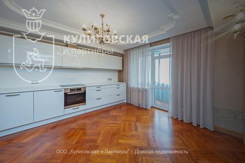 Продажа квартиры, Екатеринбург, м. Площадь 1905 года, Ул. Сакко и . - Фото 1