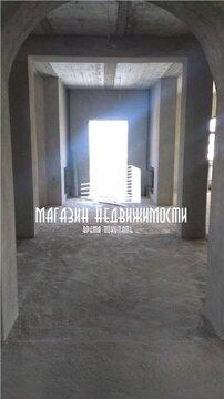 Продается дом 700 кв.м. на участке 8 соток по ул.Орджоникидзе в . - Фото 1