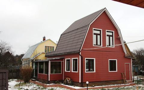 Продается 2х этажная дача 100 кв.м. на участке 6 соток - Фото 1