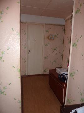 1 600 000 Руб., Продается 2-квартира на 3/5 в р-не Геологов, Купить квартиру в Александрове по недорогой цене, ID объекта - 322686708 - Фото 1