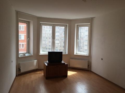 Продается трехкомнатная квартира в монолитно-кирпичном доме. - Фото 1