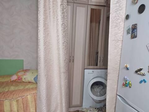 Продаю комнату=секционку по Эгерскому бульвару, д.22, 6этаж - Фото 1