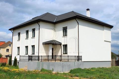 Современный коттедж в старинной деревне под Звенигородом. Новорижское . - Фото 2
