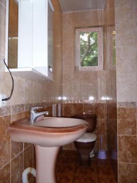 У Нарзанных ванн Кисловодска посуточно с гаражём - Фото 2